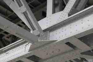 giunto bullonato carpenteria metallica - ingegnerone.com